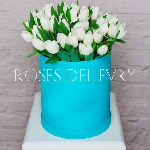 Коробка 49 «Белых Тюльпанов» Tiffany