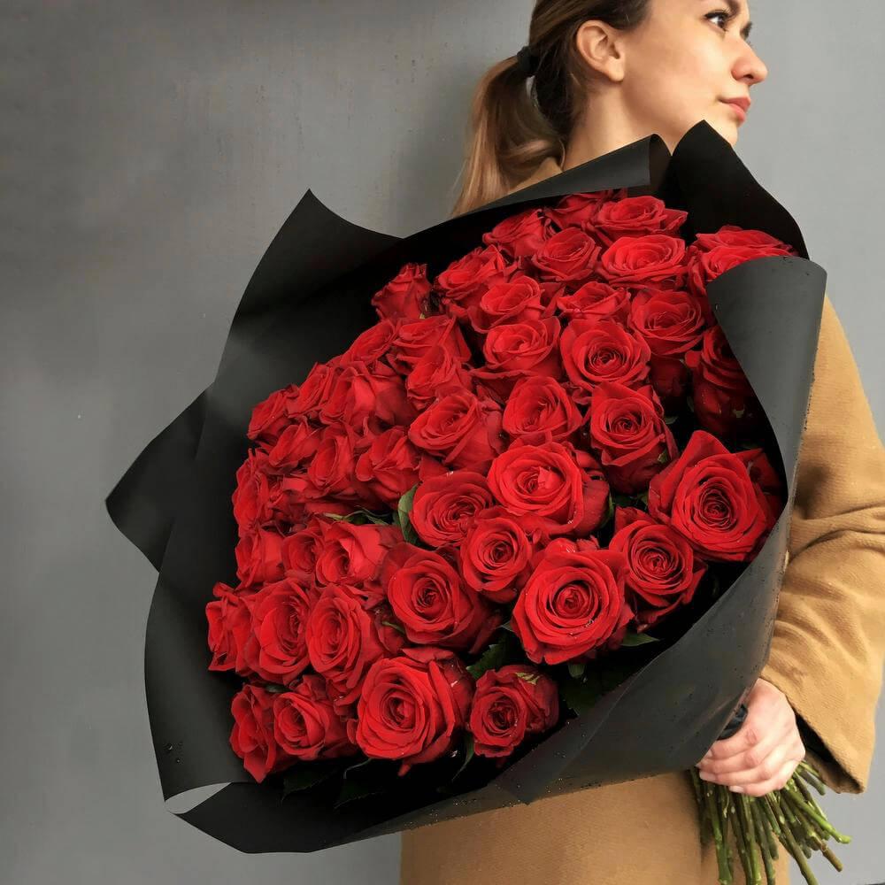 Букет 59 «Красных Роз» Black 40см