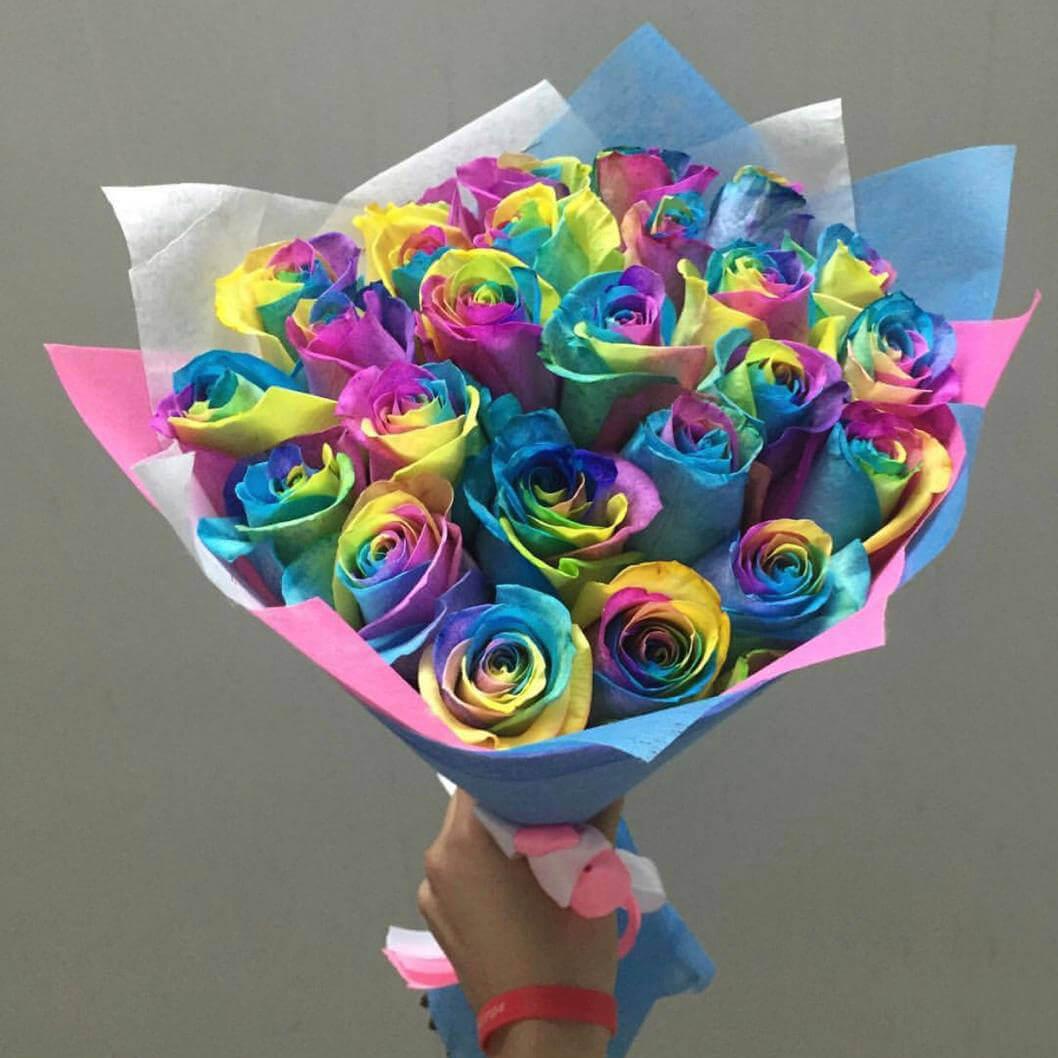 Букет 19 «Радужных Роз» Blue