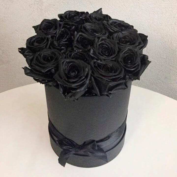 Коробка 15 «Черных Роз» Black
