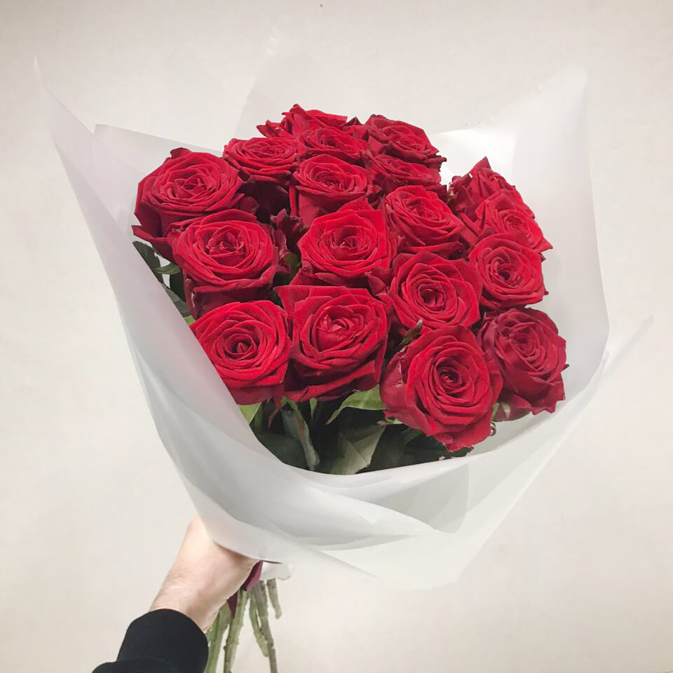 Букет 19 «Красных Роз» White 60см