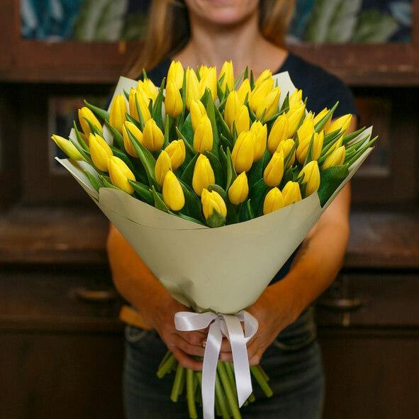 Букет 49 «Желтых Тюльпанов» Cream