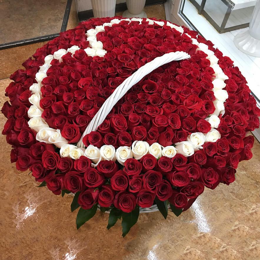 Корзина 1001 «Красная Роза Сердце»
