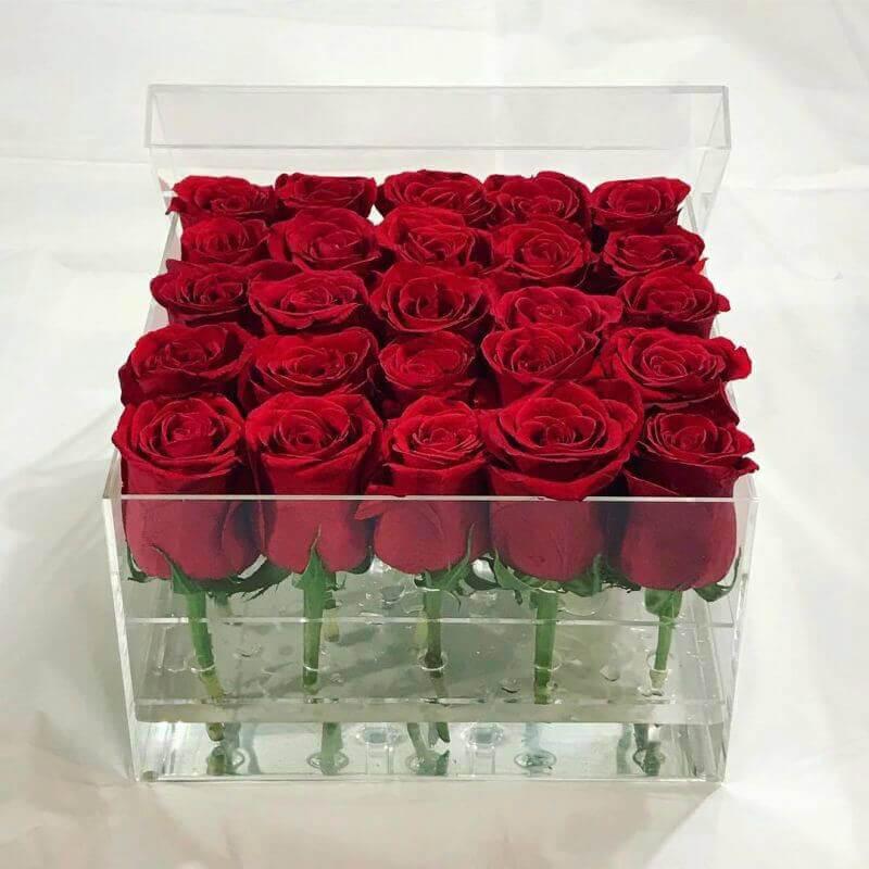 Бокс 25 «Красных Роз»