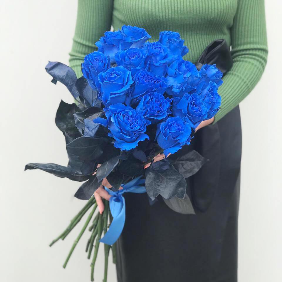 Синие розы цена