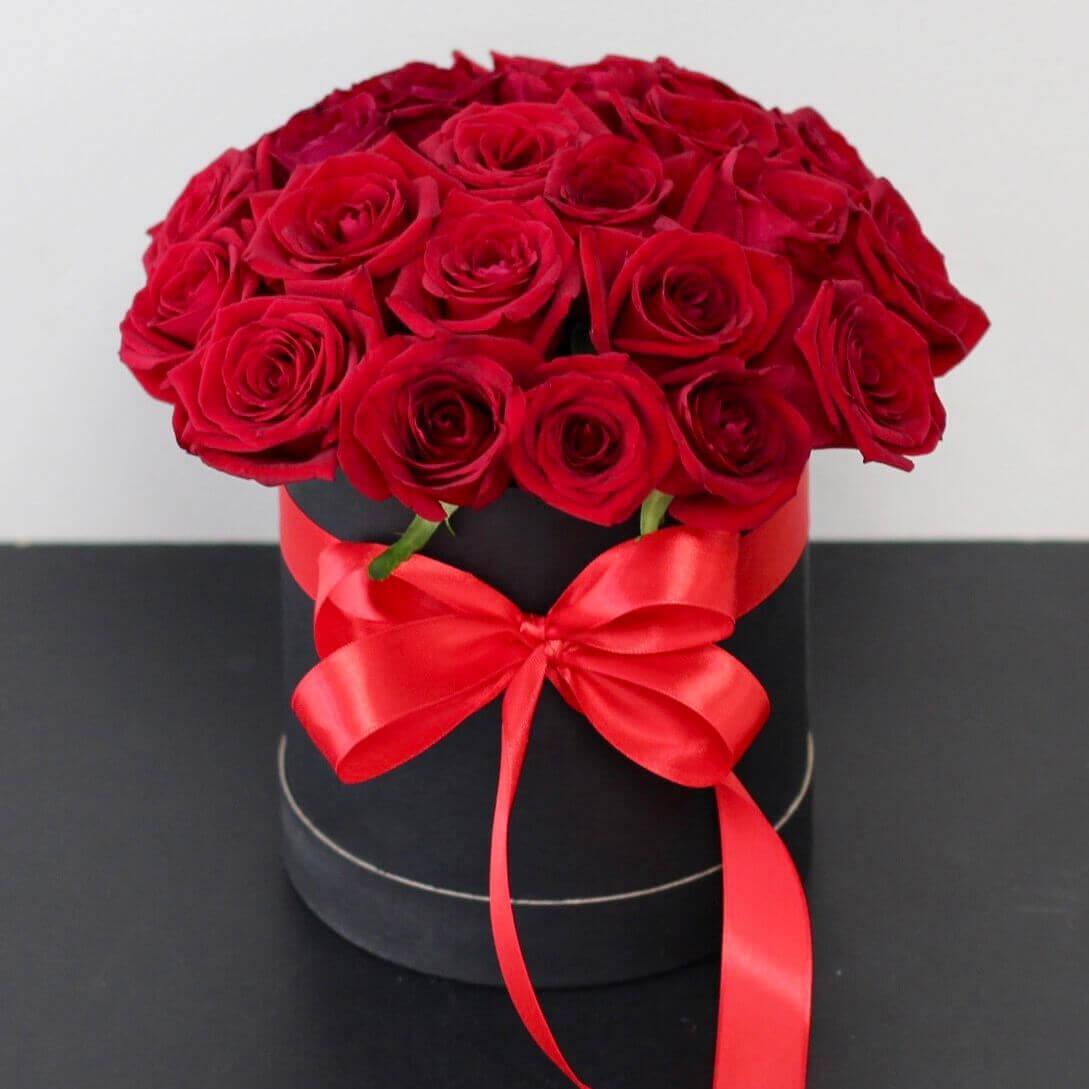 Коробка 15 «Красных Роз» Black