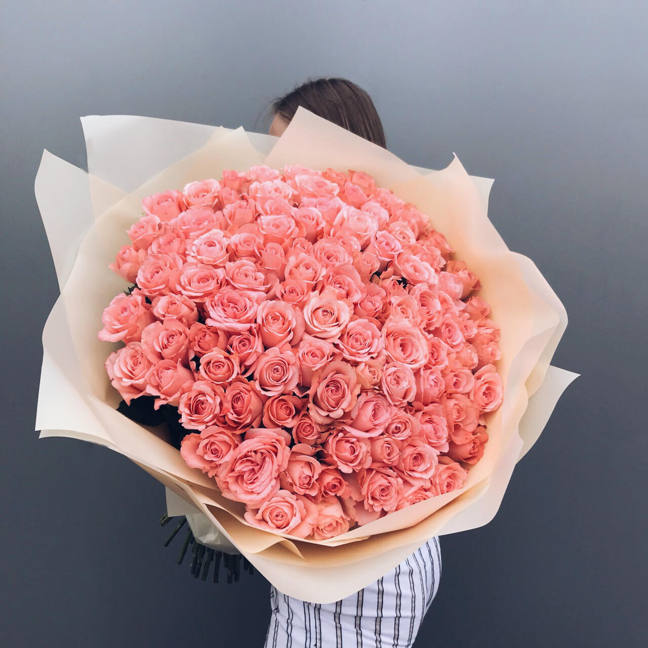 Букет 51 «Роза Пикуба» White 50см